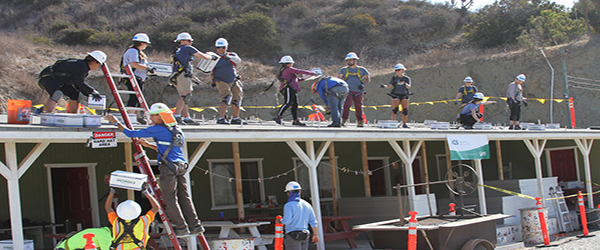 IGS Employees Installing Solar Panels in Mexico)