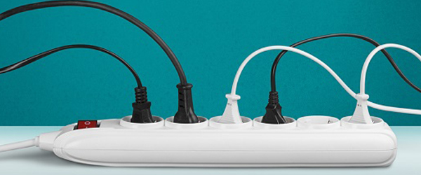 Surge protector with multiple plugs)