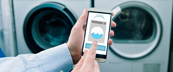 Smart phone controlling washer and dryer)