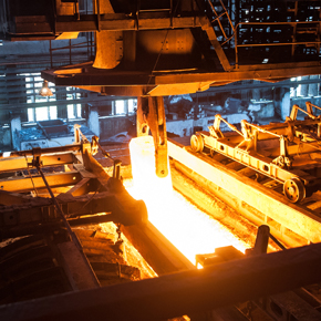 Machinery working with molten metal